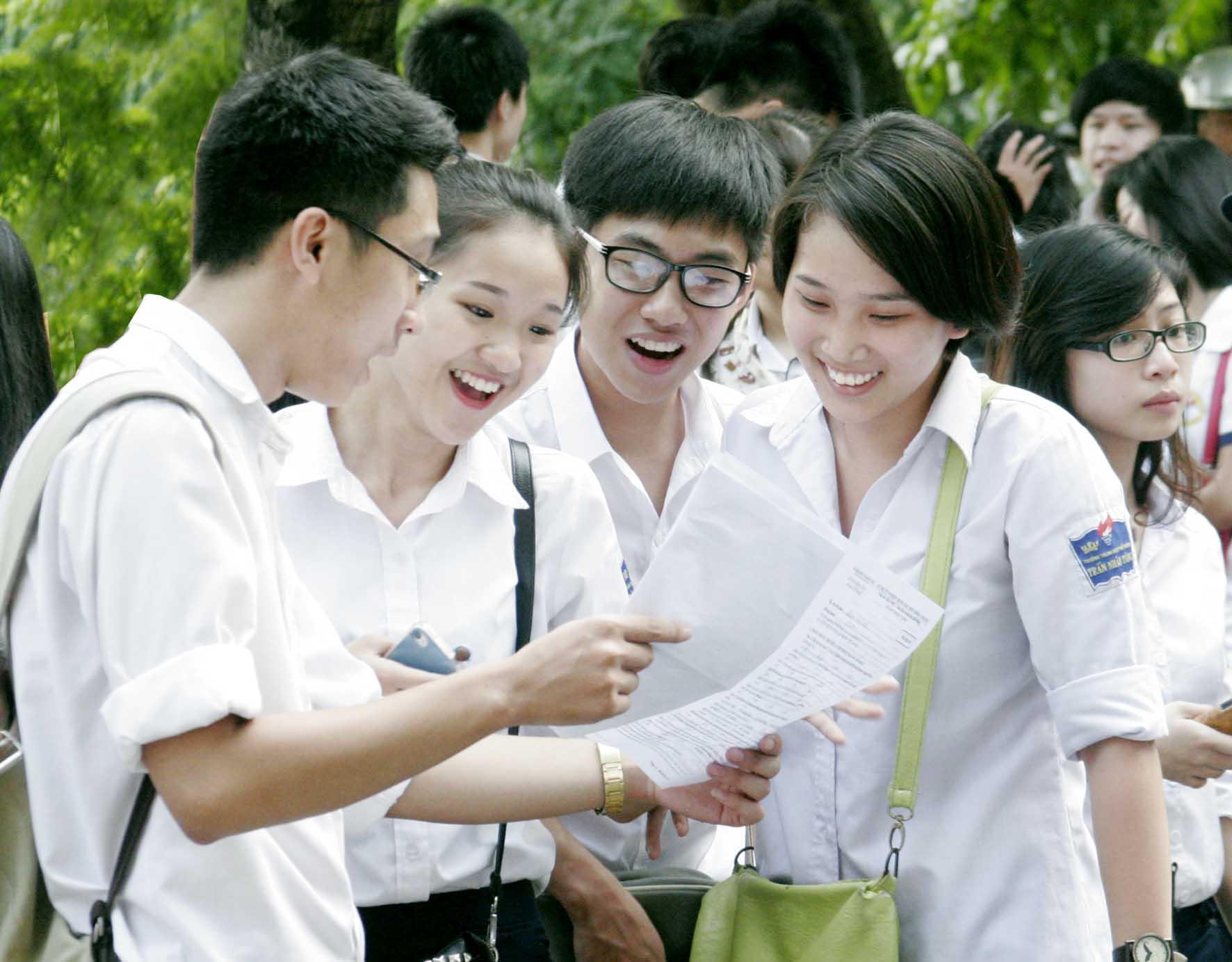 Các trường THPT đẩy mạnh nội dung chuẩn bị cho kỳ thi năm 2016.